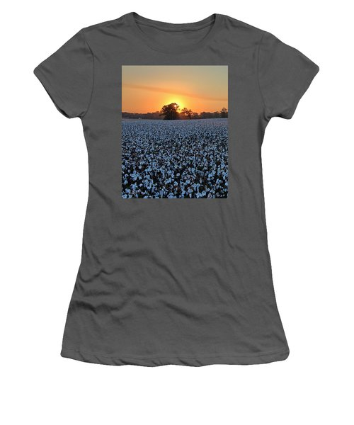 Sunset Over Cotton Women's T-Shirt (Athletic Fit)