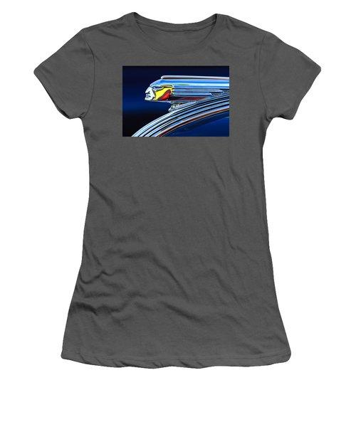 1939 Pontiac Silver Streak Chief Hood Ornament Women's T-Shirt (Athletic Fit)