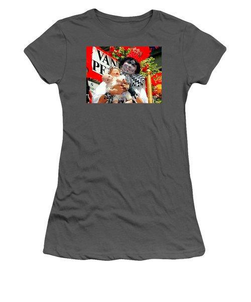 Women's T-Shirt (Junior Cut) featuring the photograph 2 Heads Are Better Than One by Ed Weidman