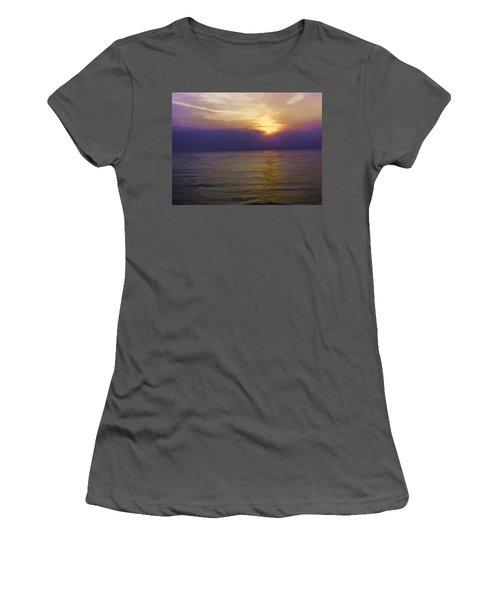 View Of Sunset Through Clouds Women's T-Shirt (Junior Cut)
