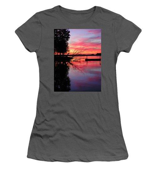 Sunset 9 Women's T-Shirt (Athletic Fit)