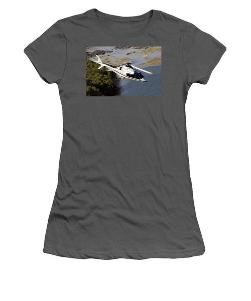A Paining Women's T-Shirt (Athletic Fit)