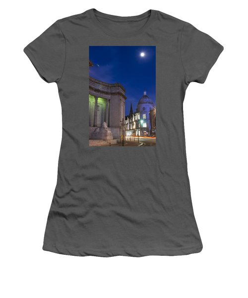 Aberdeen Art Gallery Women's T-Shirt (Athletic Fit)