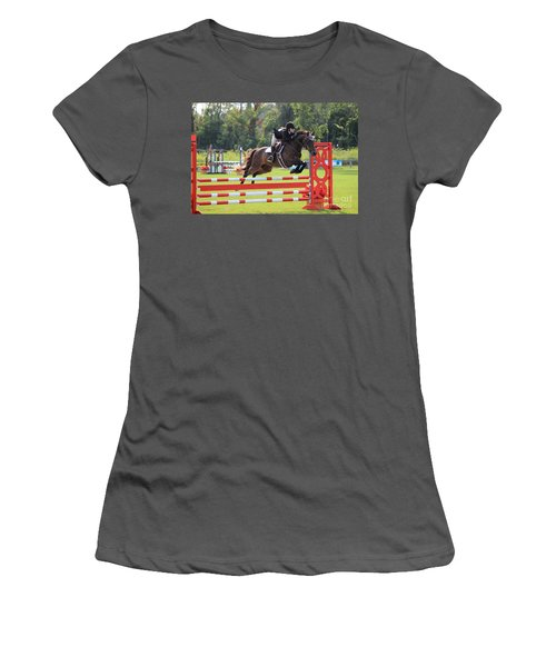 At-su-jumper57 Women's T-Shirt (Athletic Fit)