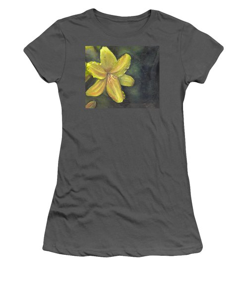 'be A Lily Among Thorns' Women's T-Shirt (Athletic Fit)