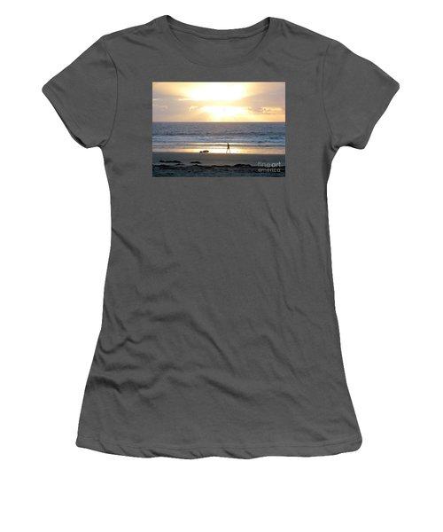 Beachcomber Encounter Women's T-Shirt (Athletic Fit)