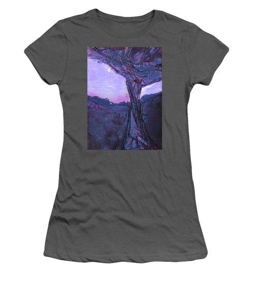 Black Tree Women's T-Shirt (Athletic Fit)