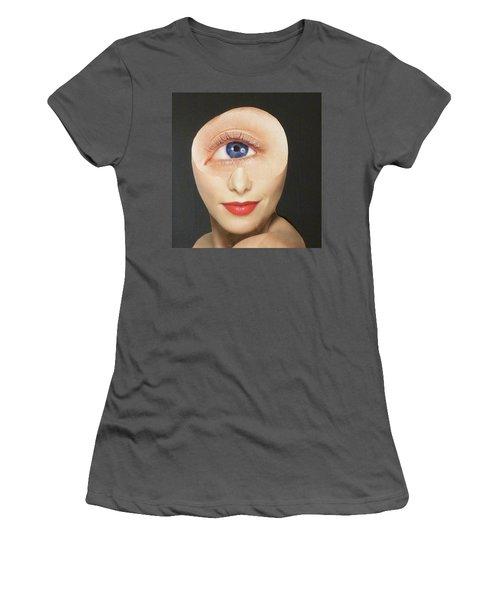 Blue Eye Beauty Cutie Women's T-Shirt (Athletic Fit)