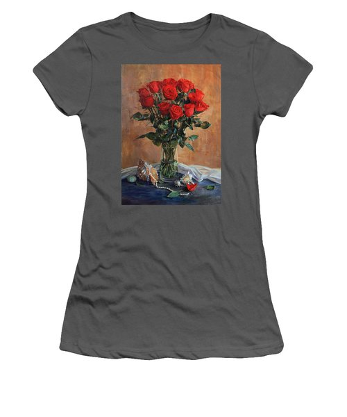 Bouquet Of Red Roses On The Birthday Women's T-Shirt (Athletic Fit)
