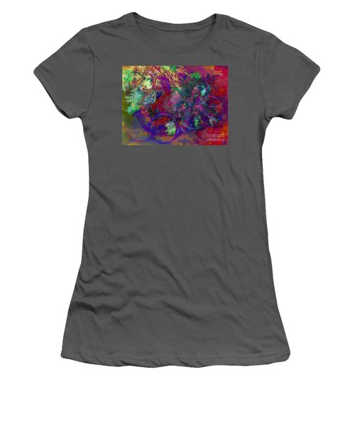 Brushing Circles  Women's T-Shirt (Athletic Fit)