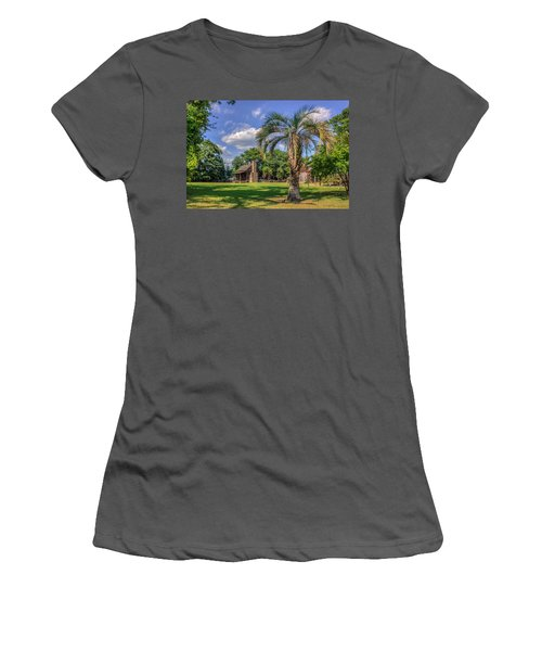 Colonial Paradise Women's T-Shirt (Athletic Fit)