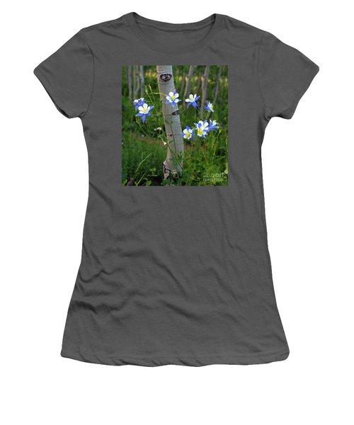 Columbouquet Women's T-Shirt (Athletic Fit)