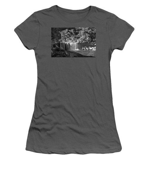 Cumberland Falls Six Bw Women's T-Shirt (Athletic Fit)
