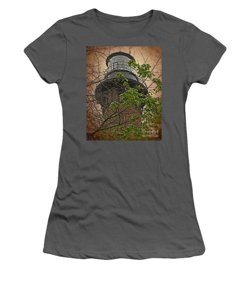 Currituck Light House Women's T-Shirt (Athletic Fit)