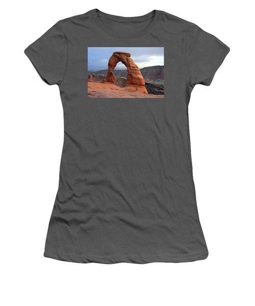 Delicate Arch - Arches National Park - Utah Women's T-Shirt (Junior Cut)
