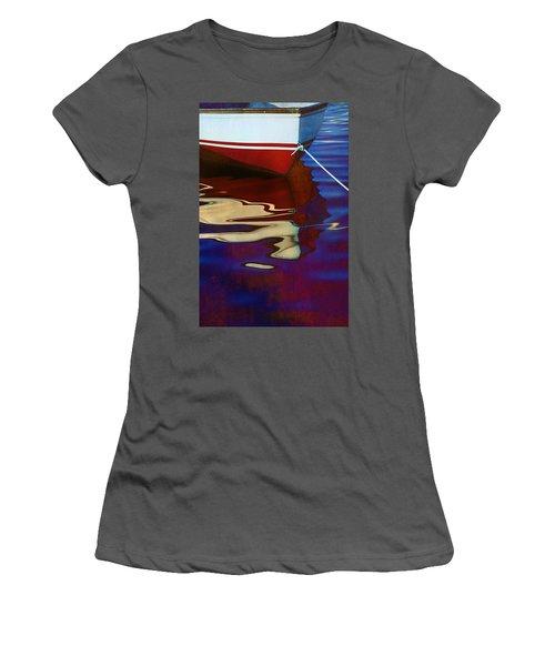Delphin 2 Women's T-Shirt (Athletic Fit)