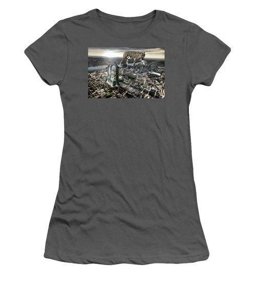 Detroit Women's T-Shirt (Athletic Fit)