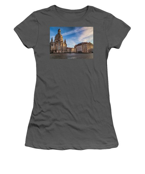 Dresden Frauenkirche Women's T-Shirt (Athletic Fit)