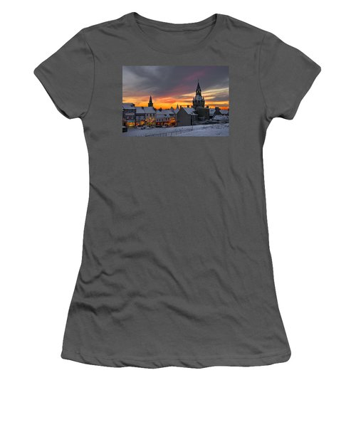 Dunfermline Winter Sunset Women's T-Shirt (Athletic Fit)