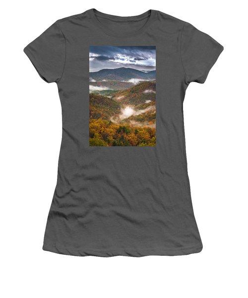 Fall Ridges Women's T-Shirt (Athletic Fit)
