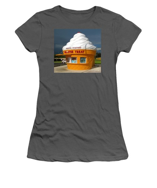 Frozen Custard Before The Storm Building Women's T-Shirt (Athletic Fit)