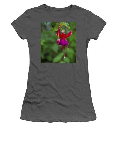 Fuschia Flower Women's T-Shirt (Athletic Fit)