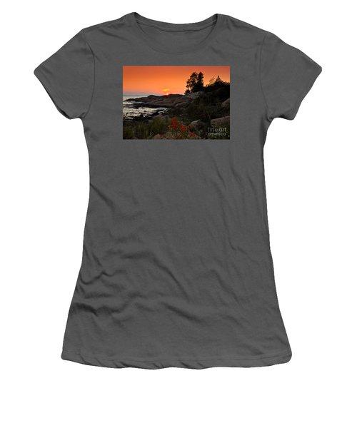 Georgian Bay Sunset Women's T-Shirt (Junior Cut) by Les Palenik