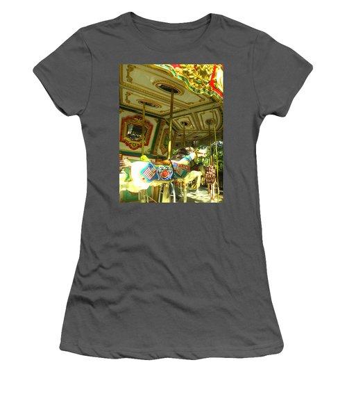 Girls' Dream Women's T-Shirt (Athletic Fit)