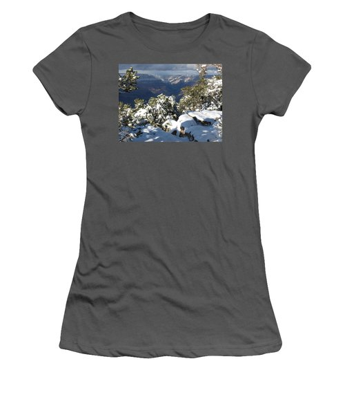 Grand Women's T-Shirt (Athletic Fit)