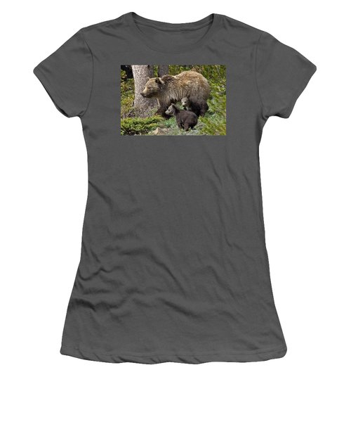 Grizzly Bear With Cubs Women's T-Shirt (Athletic Fit)