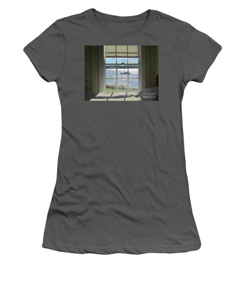 Heading Home Women's T-Shirt (Athletic Fit)