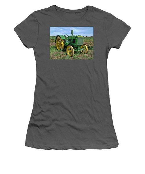 John Deere Tractor Hdr Women's T-Shirt (Athletic Fit)