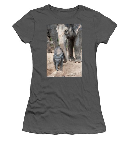 Jumbo Love Women's T-Shirt (Athletic Fit)