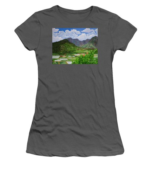 Kauai Taro Fields Women's T-Shirt (Athletic Fit)