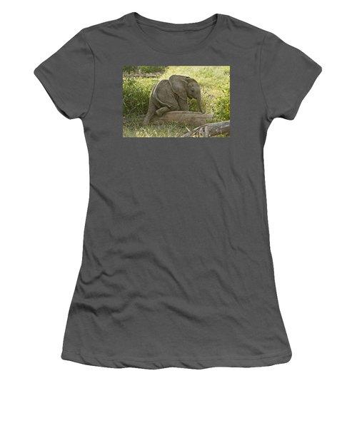 Little Elephant Big Log Women's T-Shirt (Athletic Fit)