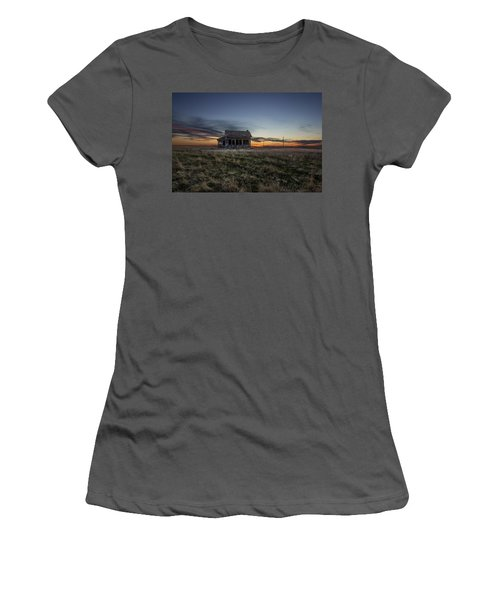 Little House On The Prairie Women's T-Shirt (Athletic Fit)