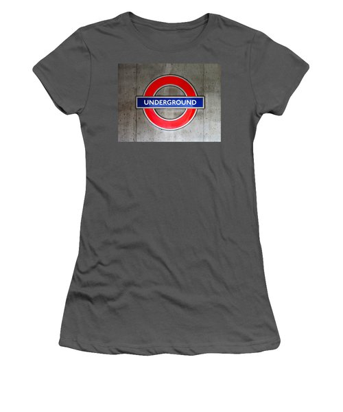 London Underground Sign Women's T-Shirt (Athletic Fit)