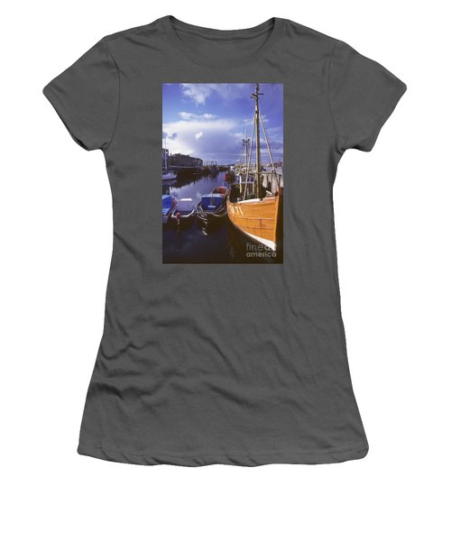 Lossiemouth Harbour - Scotland Women's T-Shirt (Athletic Fit)