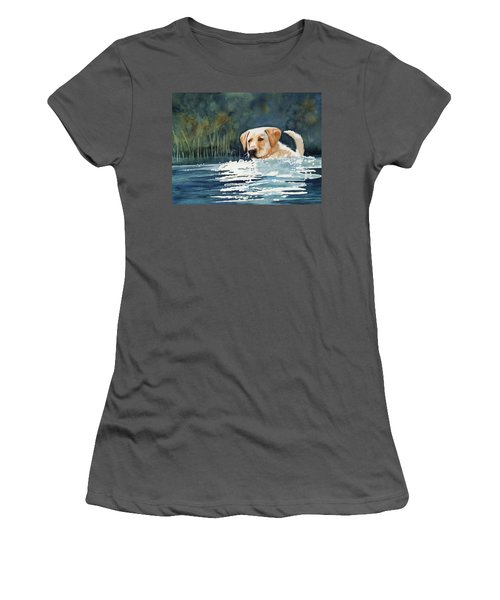 Loves The Water Women's T-Shirt (Athletic Fit)