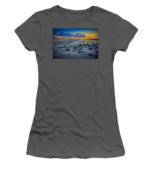 Low Tide On The Bay Women's T-Shirt (Athletic Fit)
