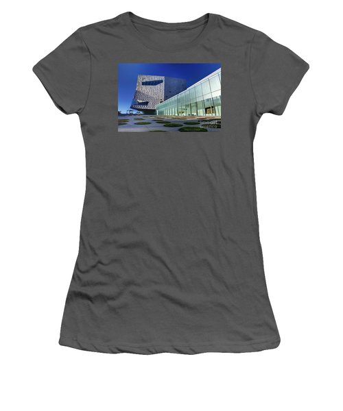 Minneapolis Skyline Photography Walker Art Museum Women's T-Shirt (Athletic Fit)