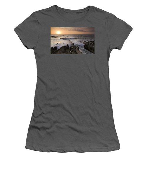 Montana De Oro 2 Women's T-Shirt (Athletic Fit)