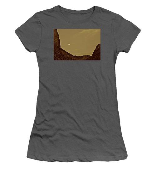 Moon Over Crag Utah Women's T-Shirt (Athletic Fit)