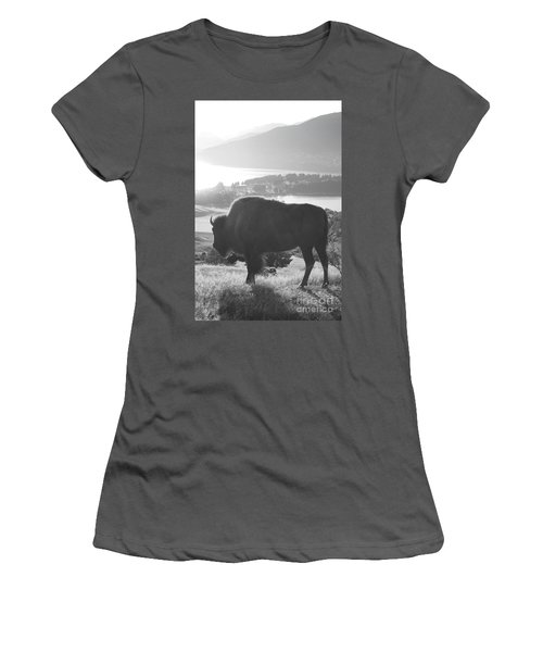 Mountain Wildlife Women's T-Shirt (Athletic Fit)
