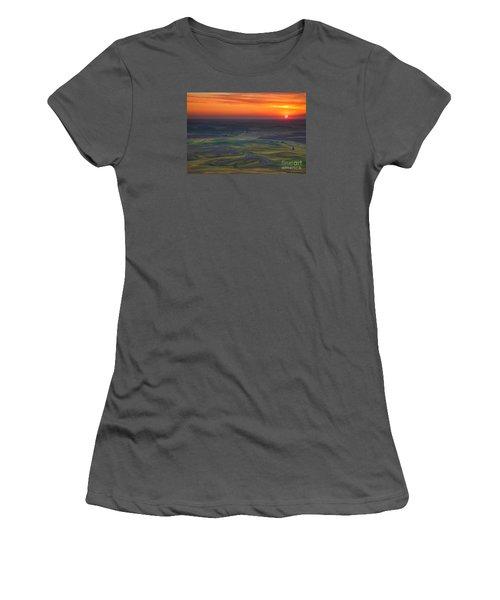 Palouse Sunset Women's T-Shirt (Athletic Fit)