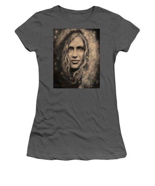 Portrait Of Annie Women's T-Shirt (Athletic Fit)