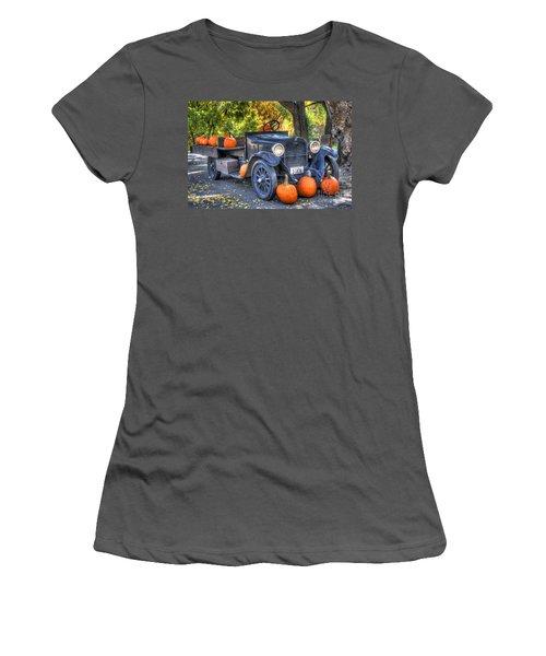 Pumpkin Hoopie Women's T-Shirt (Athletic Fit)