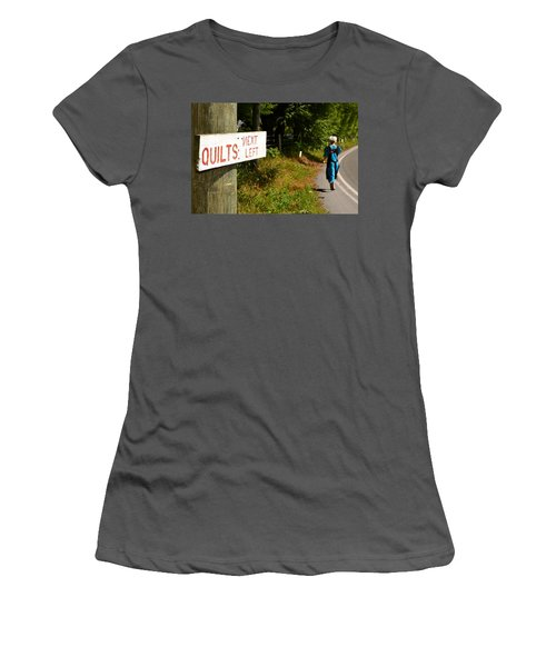Quilts Next Left Women's T-Shirt (Athletic Fit)