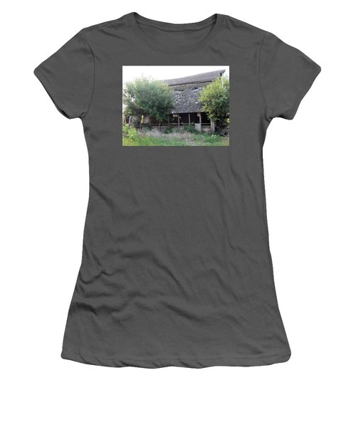 Women's T-Shirt (Junior Cut) featuring the photograph Retired Barn by Bonfire Photography