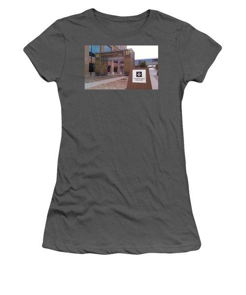 Saints - Champions Square - New Orleans La Women's T-Shirt (Athletic Fit)